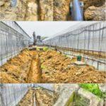 排水パイプの埋設作業